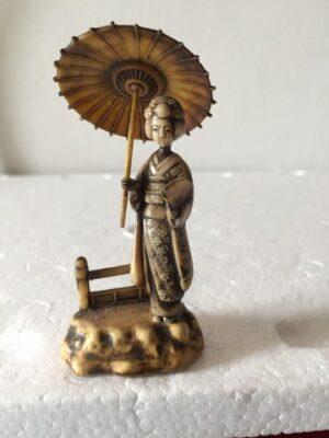 Chinese dame met parasol